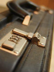 290472_briefcase